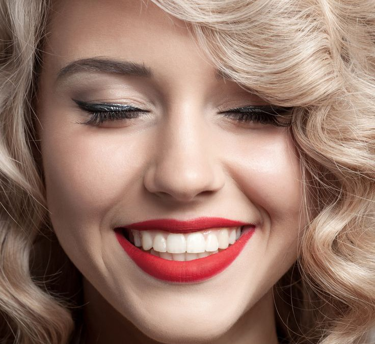 TEETH WHITENING PACKAGE SPECIAL – $540 with cleaning package!! (Value over $1,200)